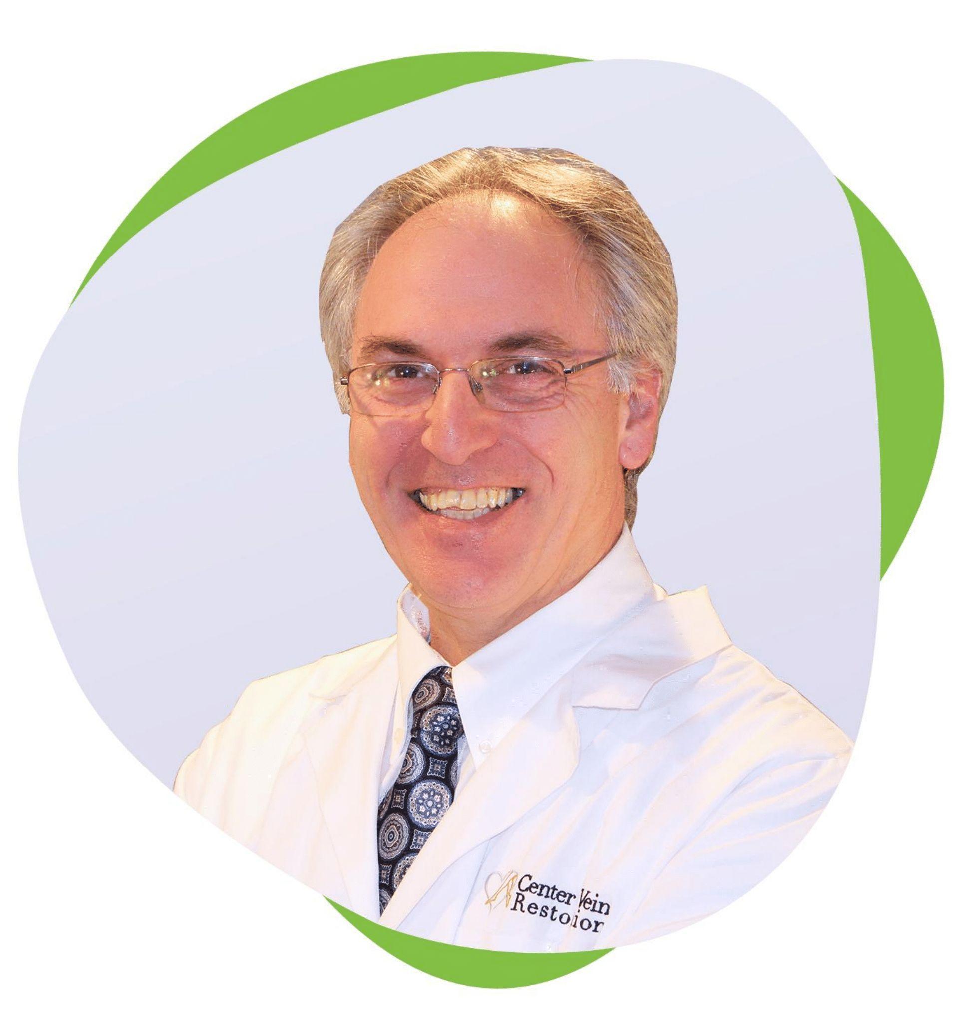 Dr Pappas headshot
