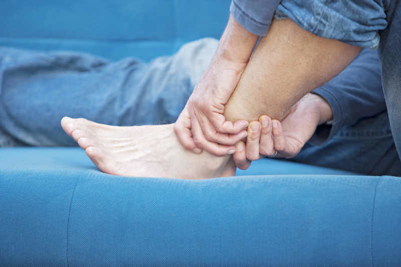 vein massage feet legs